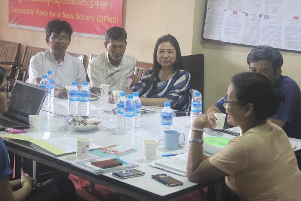 Meeting with MyanFrel (4)