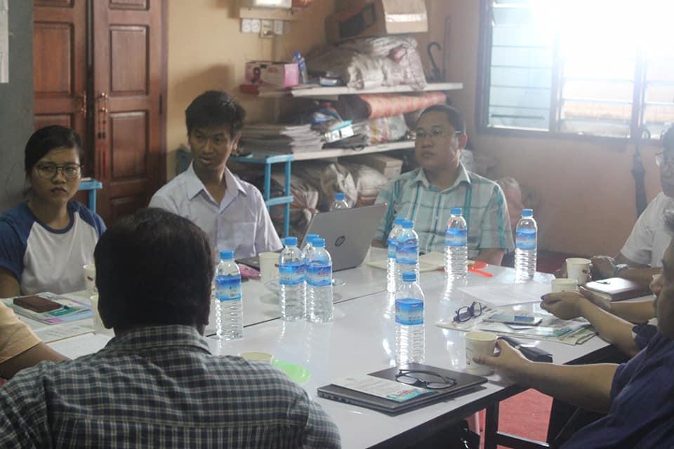 Meeting with MyanFrel (7)