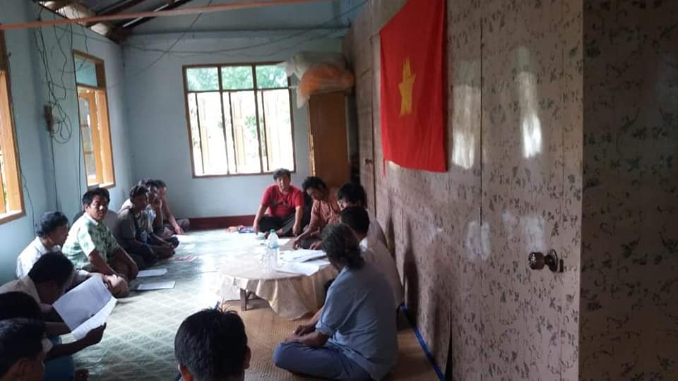 Meeting with Pwint Phyu& Minbu members (2)