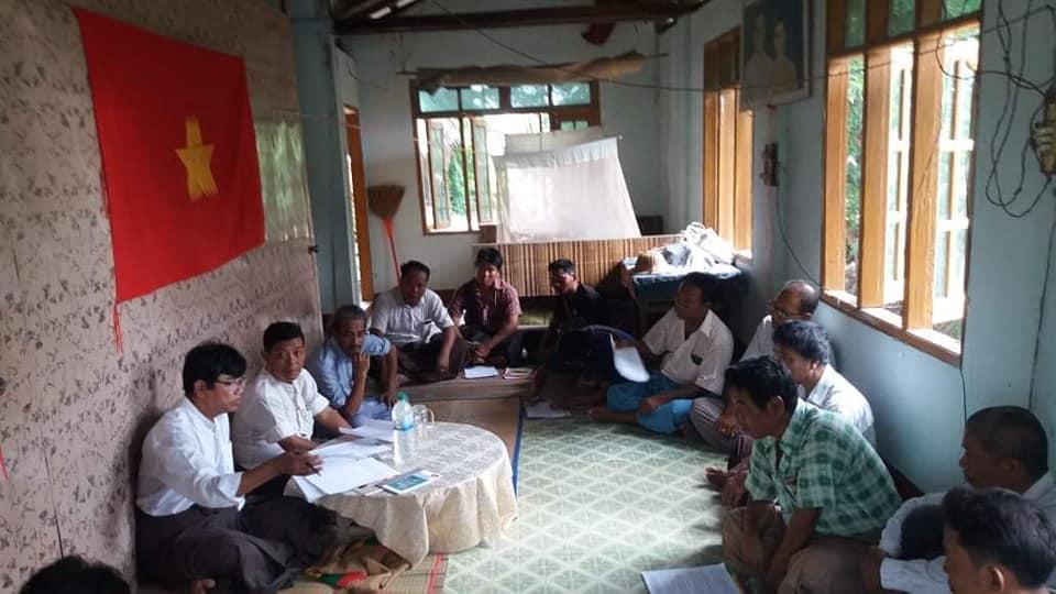 Meeting with Pwint Phyu& Minbu members (5)