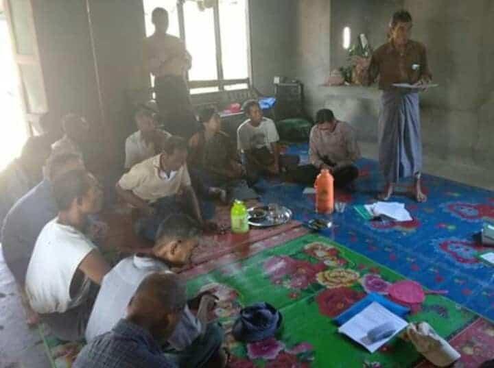 Organizing-Paukkhaung-Famer-Committee-3