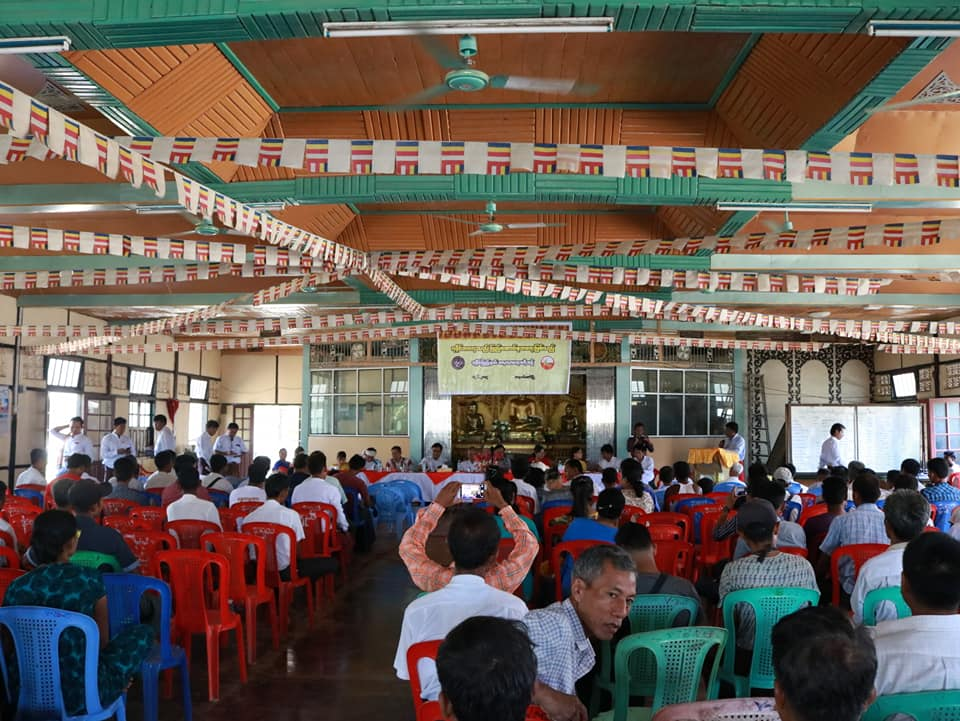 Meeting with Kyawtaw villagers (3)