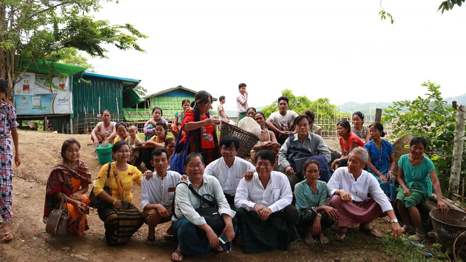 Meeting with Kyawtaw villagers (5)
