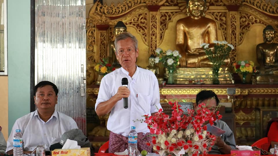 Meeting with Kyawtaw villagers (8)