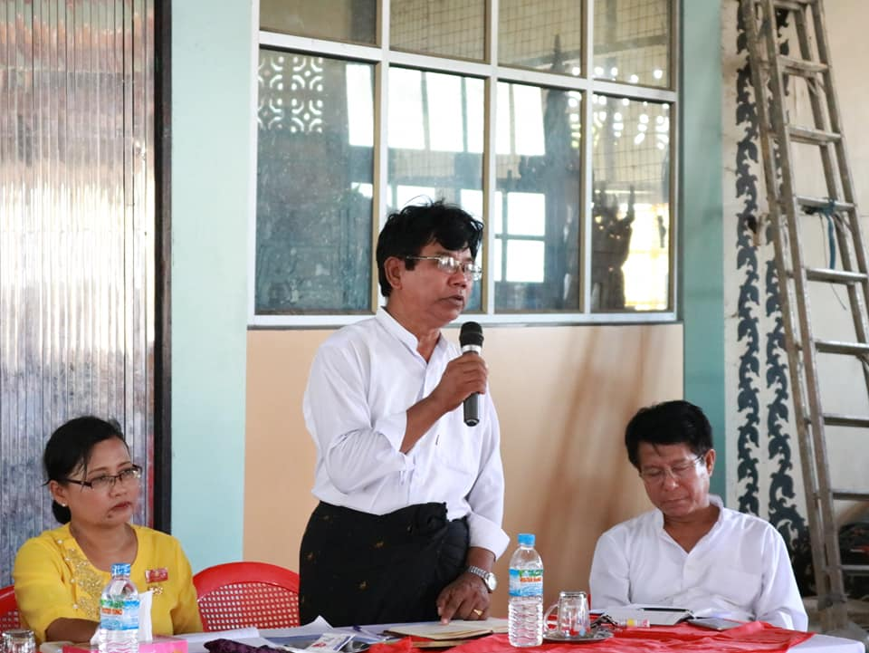 Meeting with Kyawtaw villagers (9)